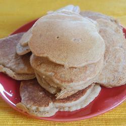 amerikanische buttermilch vollkorn pfannkuchen whole wheat buttermilk pancakes