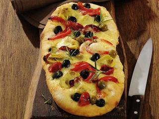 antipasti raclette auf focaccia