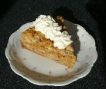 apfel walnuß torte mit saurer sahne haube