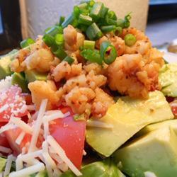avocado hummer salat