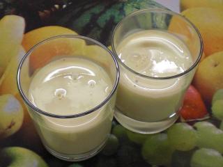 bananenmilch mit schmelzflocken