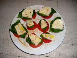 basilikum mit mozzarella