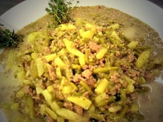bohnensuppe mit lammhackfleisch