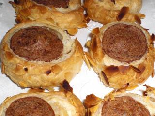 bratwurst im mandelmantel