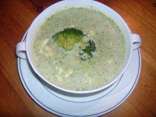 broccolicremesuppe mit feta