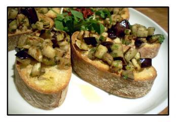 bruschetta mit aubergine