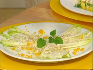 chicorée gorgonzola salat