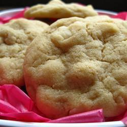 cookies mit weißer schokolade und macadamia nüssen