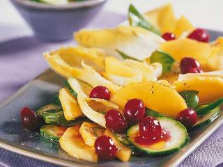 cranberry gemüse salat mit zuckerschoten