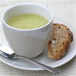 einfache brokkolicremesuppe