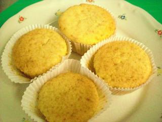 einfache buttermilch vanille muffins