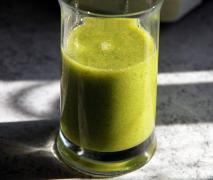 energie kick grüner smoothie der sanfte