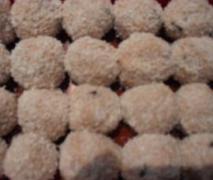 erdbeer amaretto kugeln variation von erdbeer m