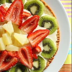 erdbeertarte mit ananas und kiwi
