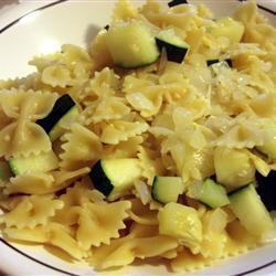 farfalle mit zucchini