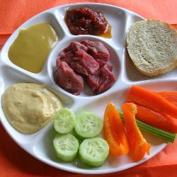 fondue mit drei saucen