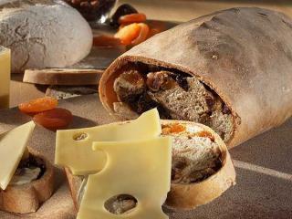 früchtebrot mit käse