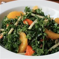 fruchtiger grünkohl salat