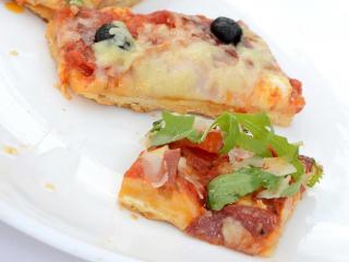 gegrillte pizza