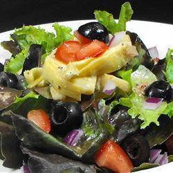 gemischter salat mit artischocken