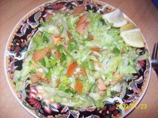 gemischter salat mit kräuterdressing