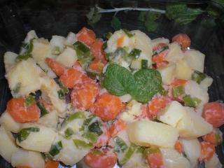gemüse mit kräutern und mandeln