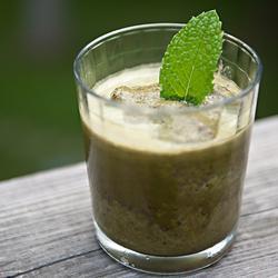 green monster smoothie mit minze
