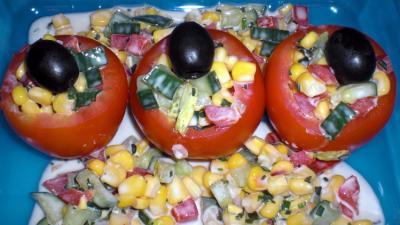griechische gefüllte tomaten salat