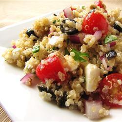 griechischer salat mit quinoa