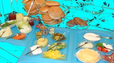 hamburger buffet