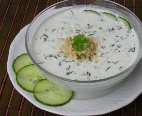 joghurt gurkensuppe aus bulgarien
