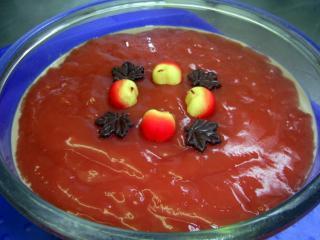 joghurt schichtdessert mit erdbeeren und schokolade