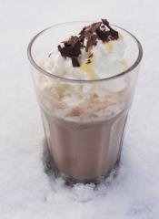 kakao mit kaffee und eierlikör