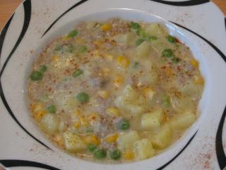 kartoffel käsesuppe mit hackfleisch mais und erbsen