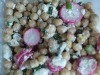 kichererbsensalat im frühling vegetarisch