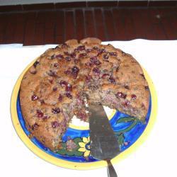 kirschkuchen mit schokolade und nüssen