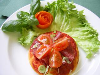 kleine salami pizza