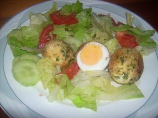 knusper eier auf salat