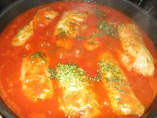 kohlrouladen in tomatensoße