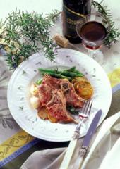 lammkoteletts mit rosmarinkartoffeln