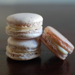 macarons mit weißer schokolade