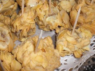 mandelkrüstchen hackbällchen in mandelkrust fingerfood