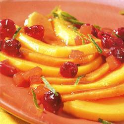 mango papaya salat mit warmer cranberrysauce