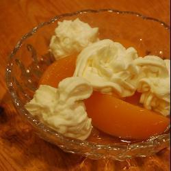 mascarpone dessert mit pfirsich