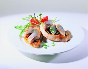 matjesfilets auf bruschetta