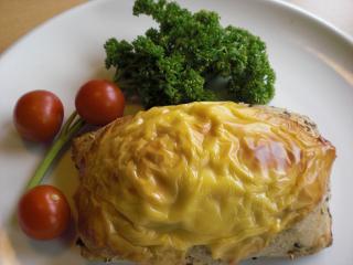mehrkorn käse brötchen mit hackfleischfüllung
