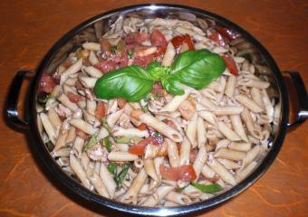 mini penne salat nach italienischer art