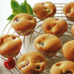 muffins mit süß oder sauerkirschen