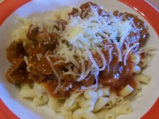 nudeln mit schneller bolognese sauce