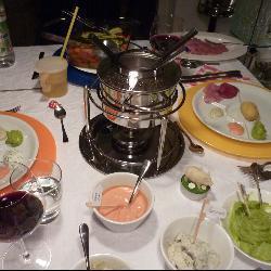 ostasiatisches fondue und fondue saucen